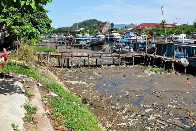 Black-river_Padang
